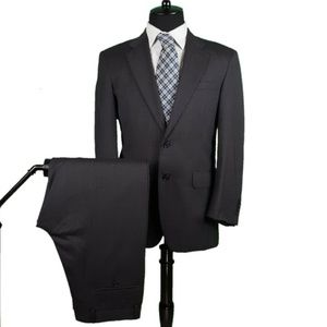 Jos A. Bank Gray 2 Piece Suit 39R Pants 33x29